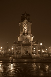 Plaza de la Independencia 3 - Sepia tone