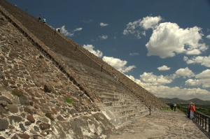 Teotihuacan 54 - Pyramid of the Sun