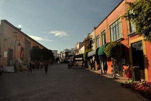 Tequisquiapan street 25