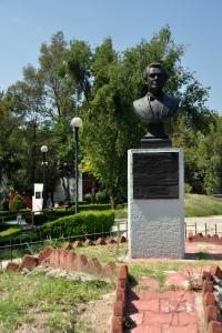 Around Tlatelolco 9 - monument to Placido Domingo