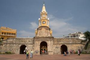 Puerta del Reloj 4