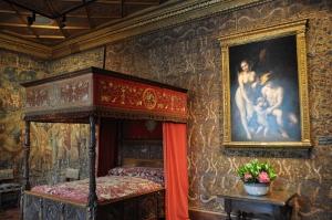 Chenonceau Chateau 75 - bedroom of Catherine de Medicis