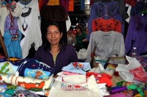Bazar Sabado 12 - vendor Maria Giron