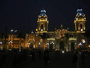 lima-cathedral-night