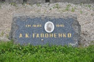 russian-memorial-cemetery-19