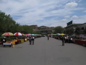 yunggang-caves-hawker-market-1