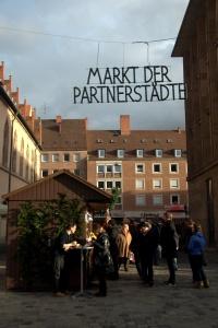 markt-der-partnerstaedte-1-nef